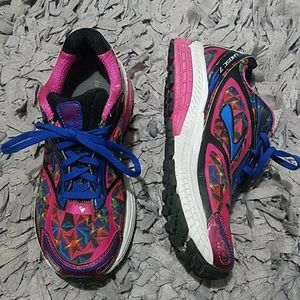 Brooks Ghost 7 Hot Pink Size 7.5 Running Shoes